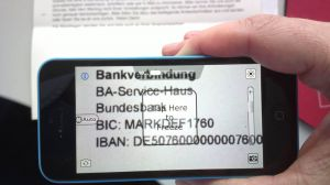 iOS-App Magnifying Glass with Light pro vergrößert Bankverbindung